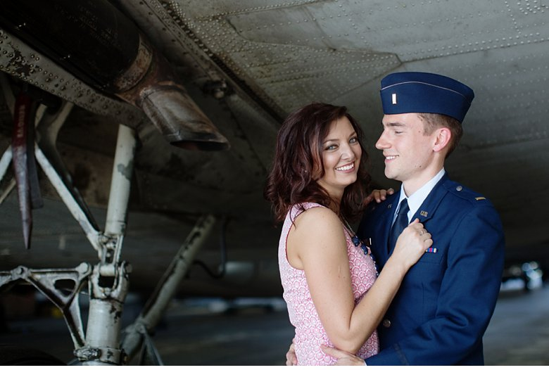 airport-engagement-session_0001.jpg